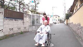 Sex-crazed Japanese harlot Akimi Horiuchi at hand Alien oldie JAV span